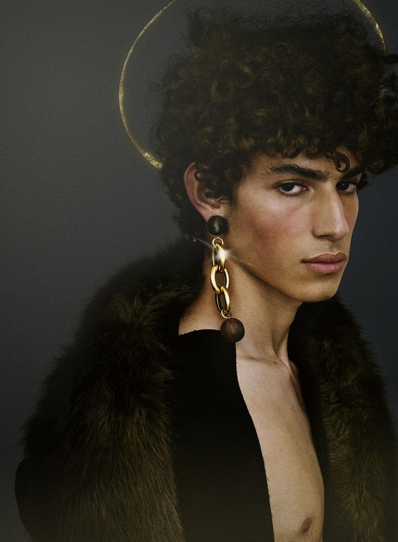 Fur collar & coat Calvin Klein, earring Marni